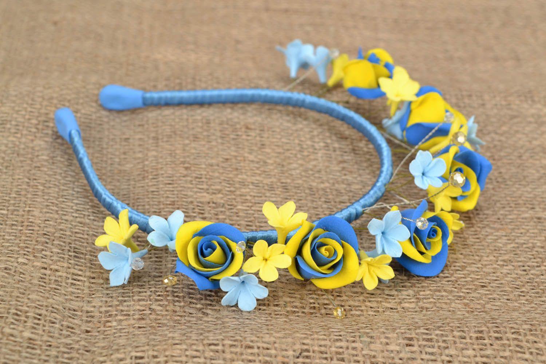 MADEHEART Желто-голубой обруч из цветов
