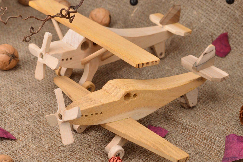 MADEHEART > Set of 2 handmade designer children\'s wooden toys Planes ...