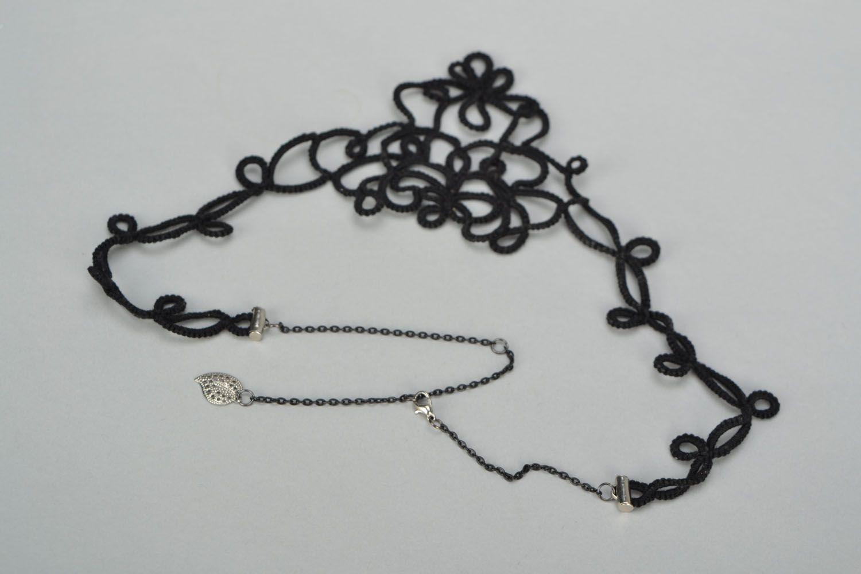 Handmade tatting needle necklace photo 4