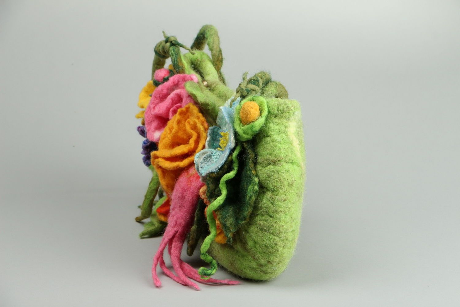 Bag made of felted wool Flower meadow photo 3