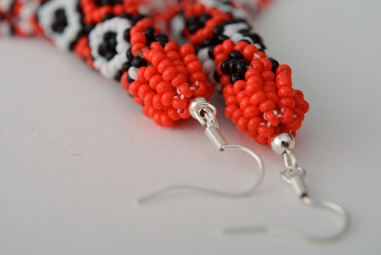 Long beaded earrings in ethnic style photo 5
