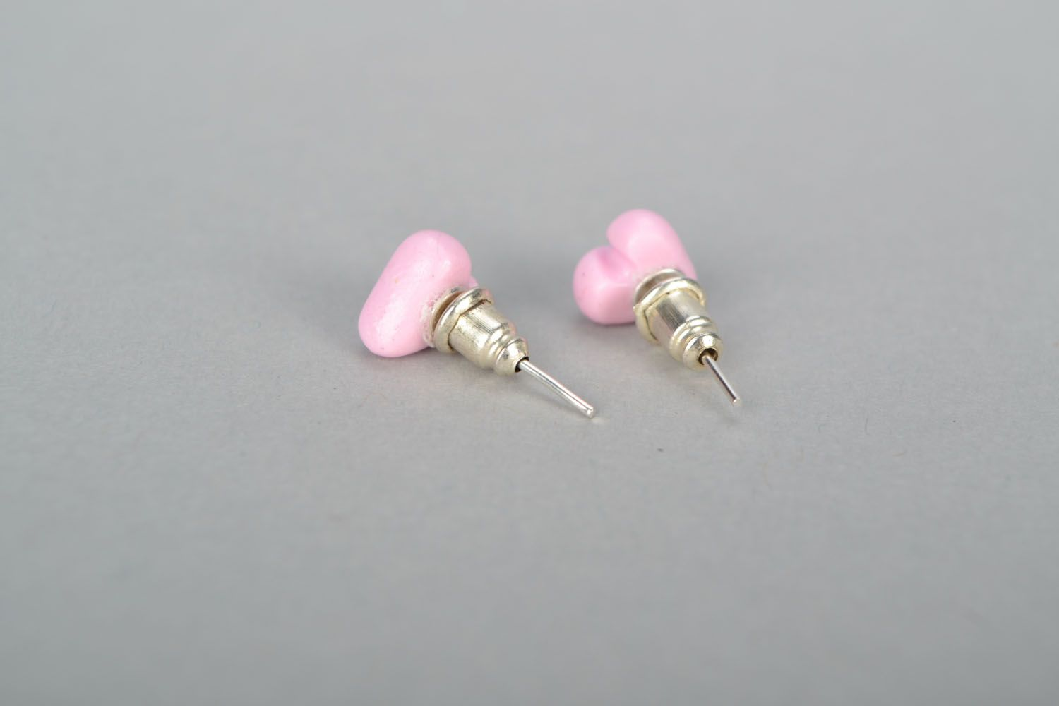 Stud earrings Hearts photo 4