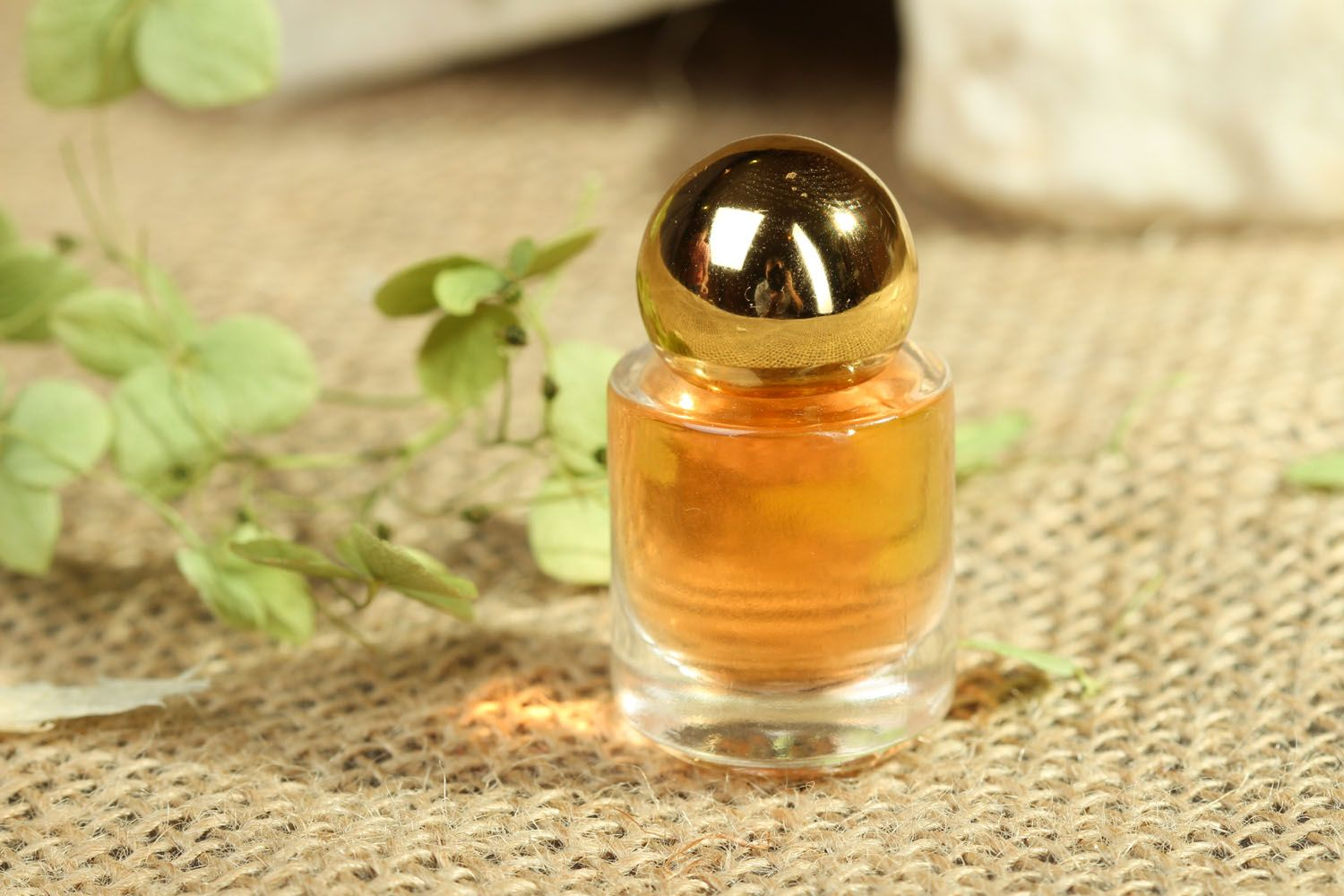 Oil perfume with a sweet smell photo 4