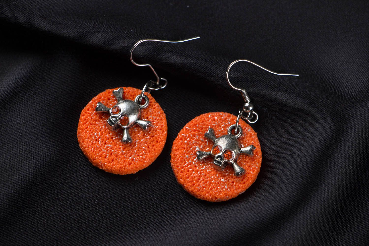 Polymer clay earrings with skulls photo 1