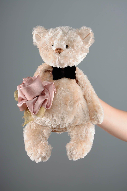 teddy bears Bear with flower - MADEheart.com