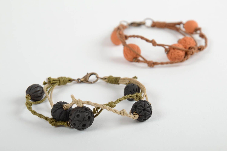 Set of 2 handmade woven bracelets wrist bracelets with clay beads jewelry trends photo 6