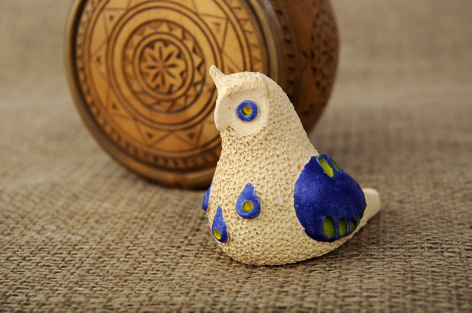 Penny whistle in the form of owl made of clay photo 5