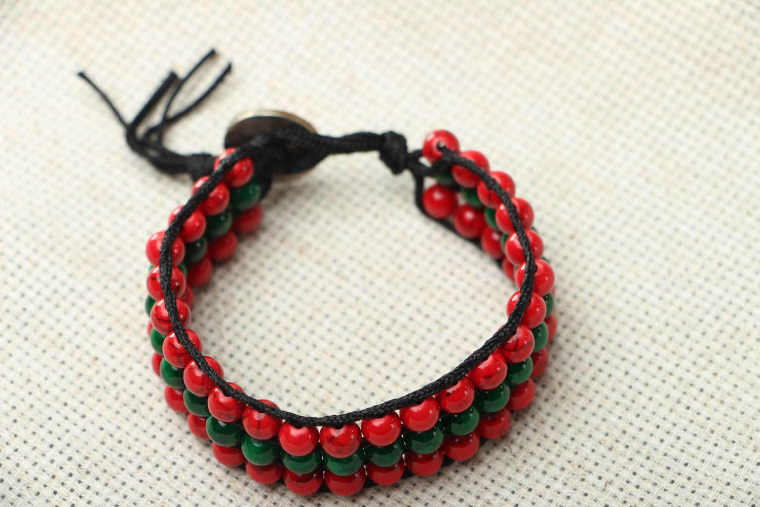Bracelet with multi-colored beads photo 1