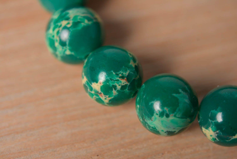 Handmade designer wrist bracelet with green pressed variscite beads for women photo 2