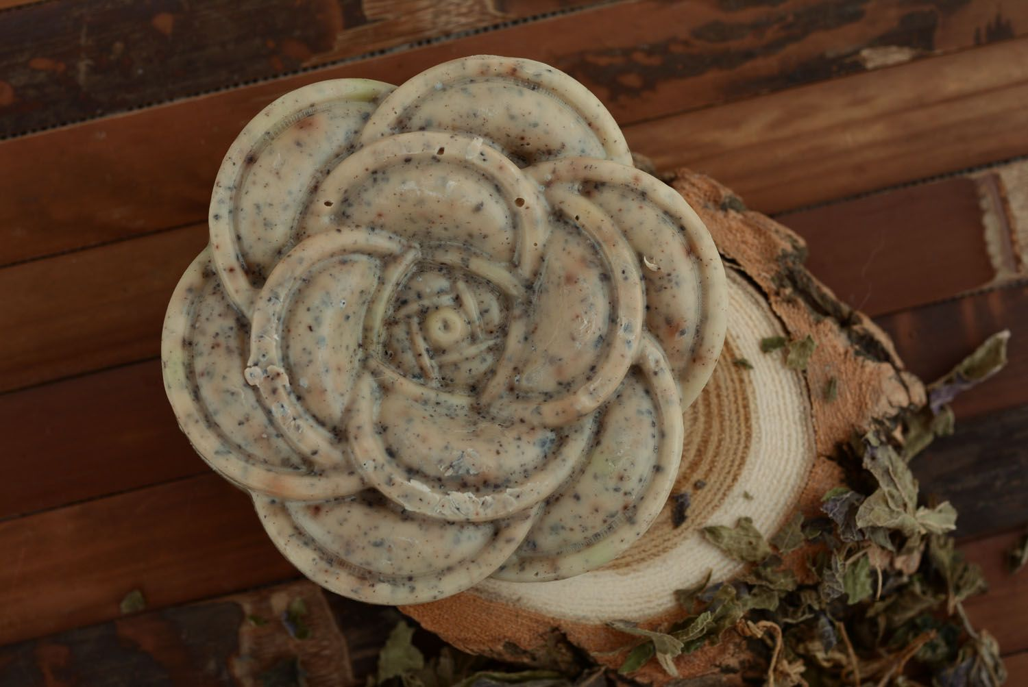 Natural soap Grape and Wormwood photo 2
