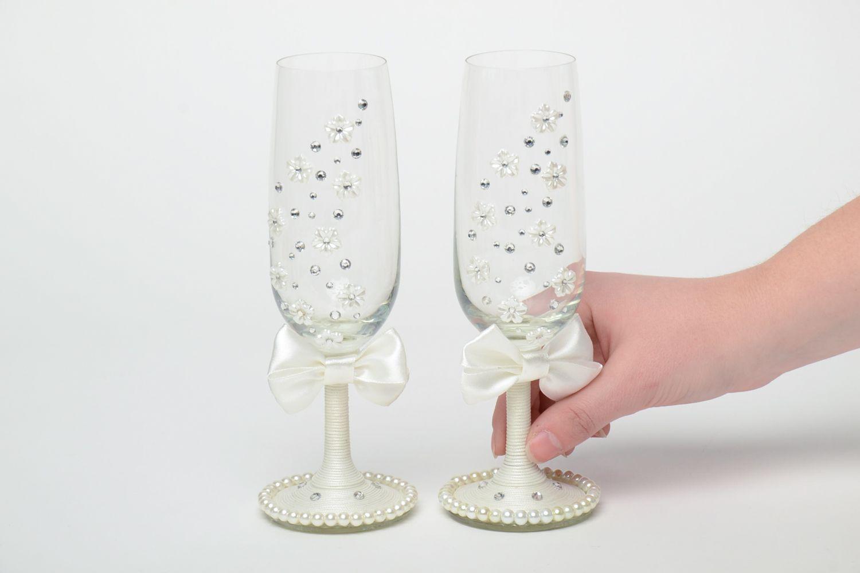 фото бокалов на свадьбу ручной работы него совершаются полеты