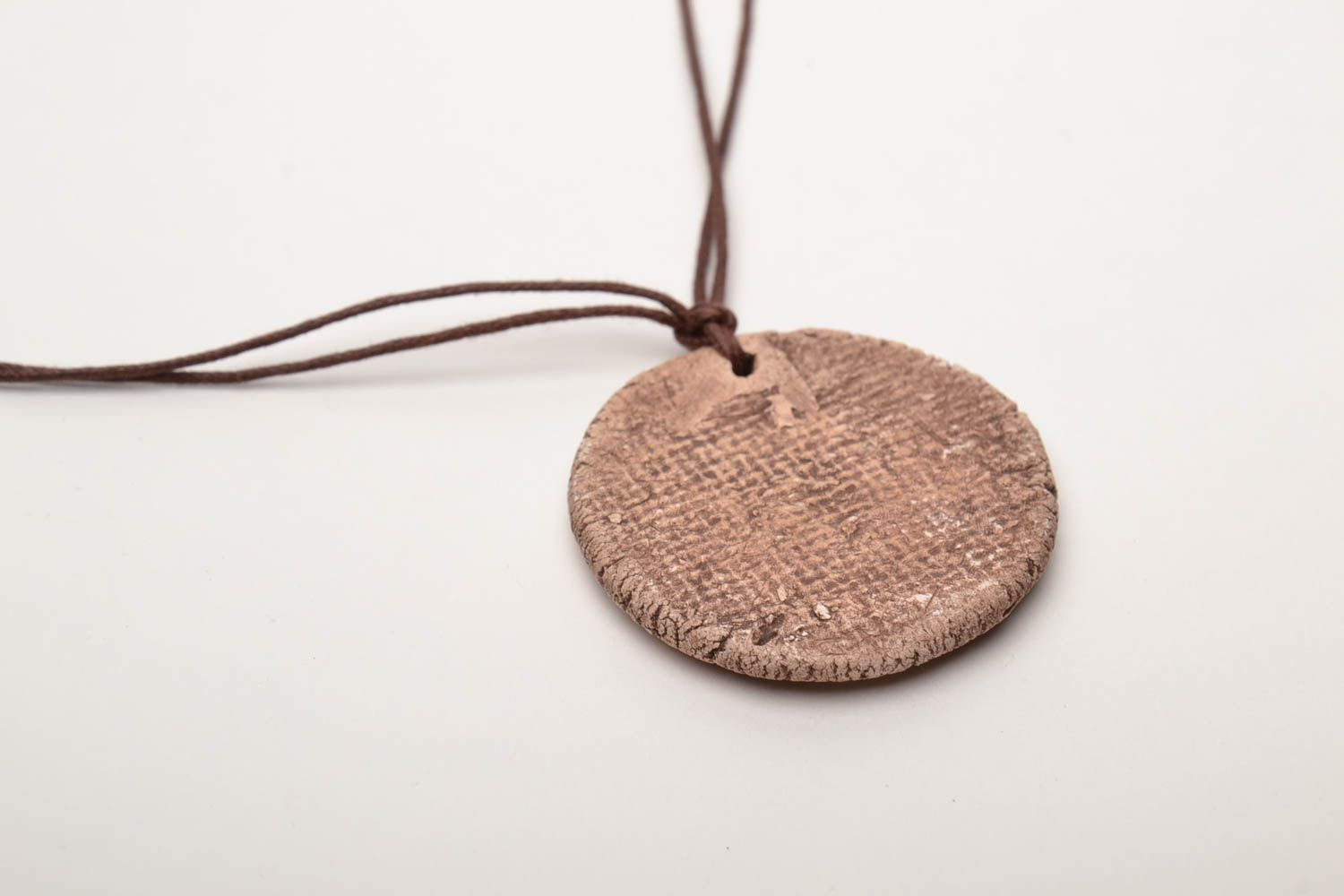 Ceramic pendant with ornament in ethnic style photo 5