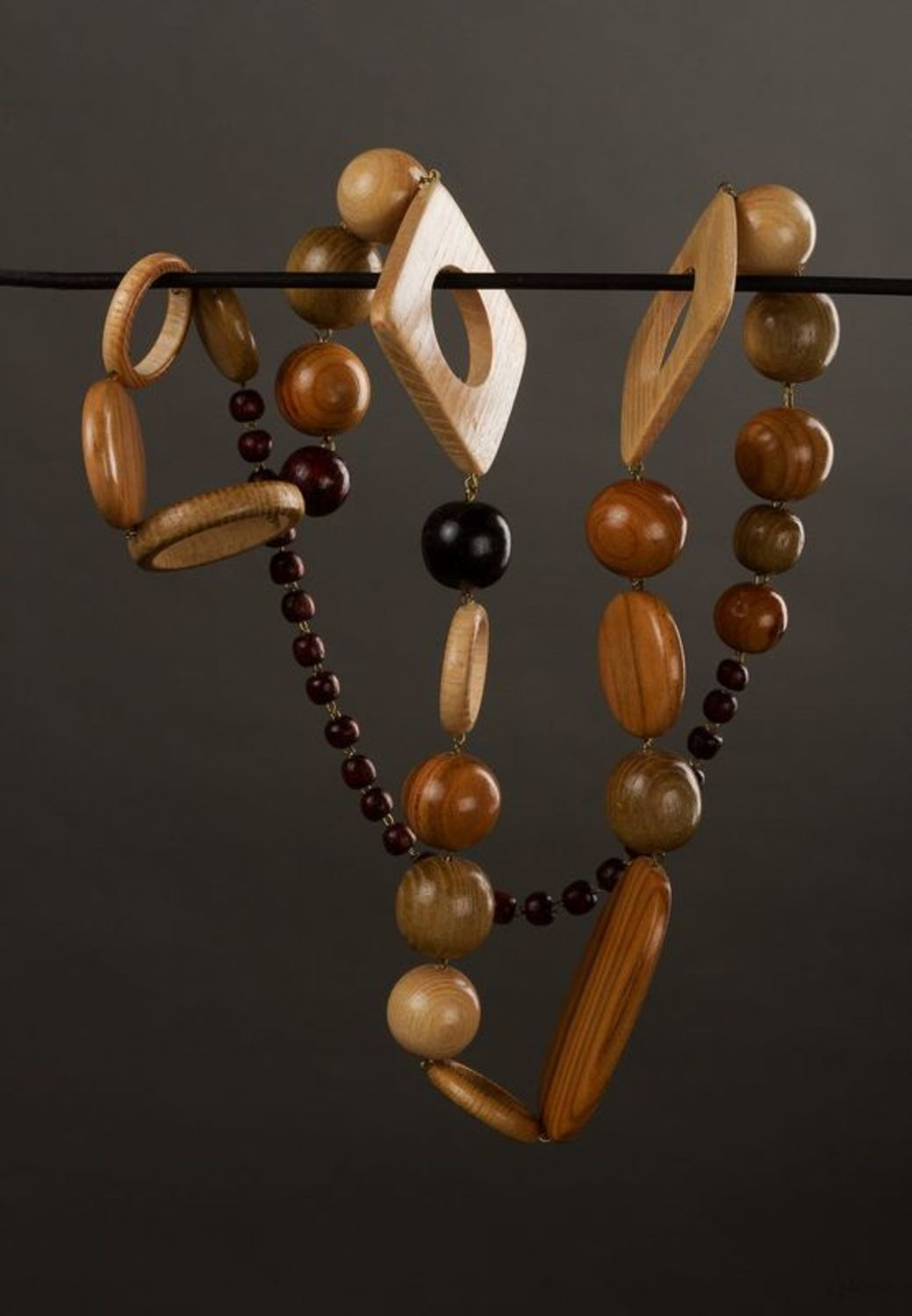 Massive wooden beaded necklace photo 1