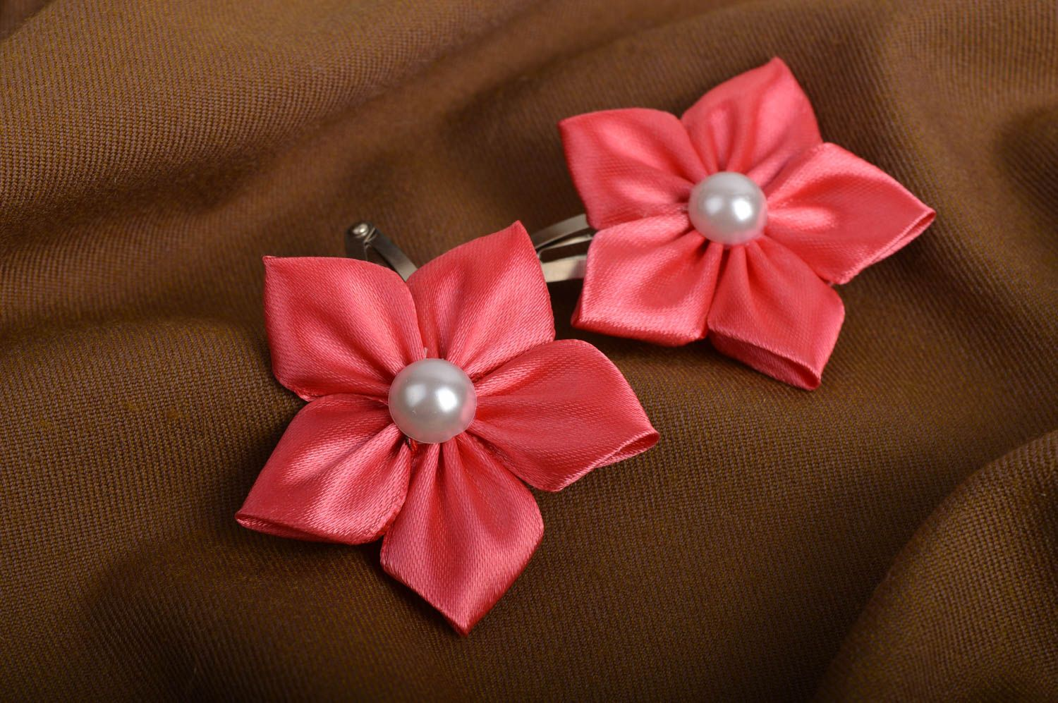 Beautiful handmade hair clip 2 pieces flowers in hair designer hair accessories photo 1