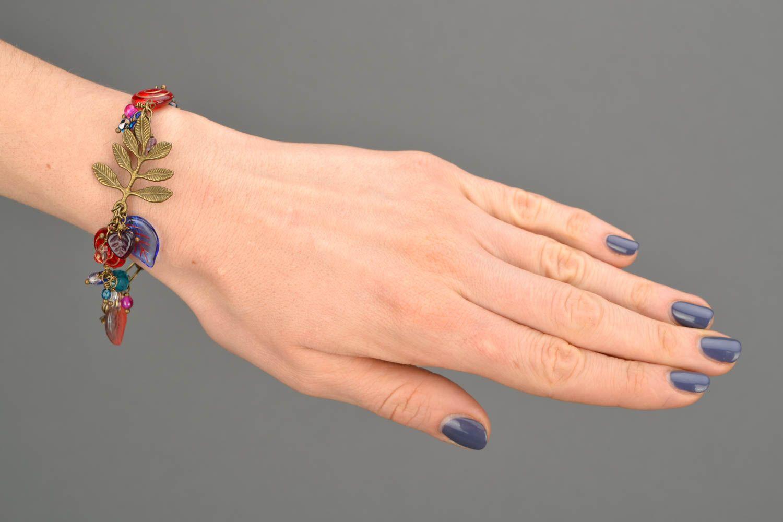 Originelles schönes buntes handgemachtes Armband aus Glas Winter Berberitze foto 2