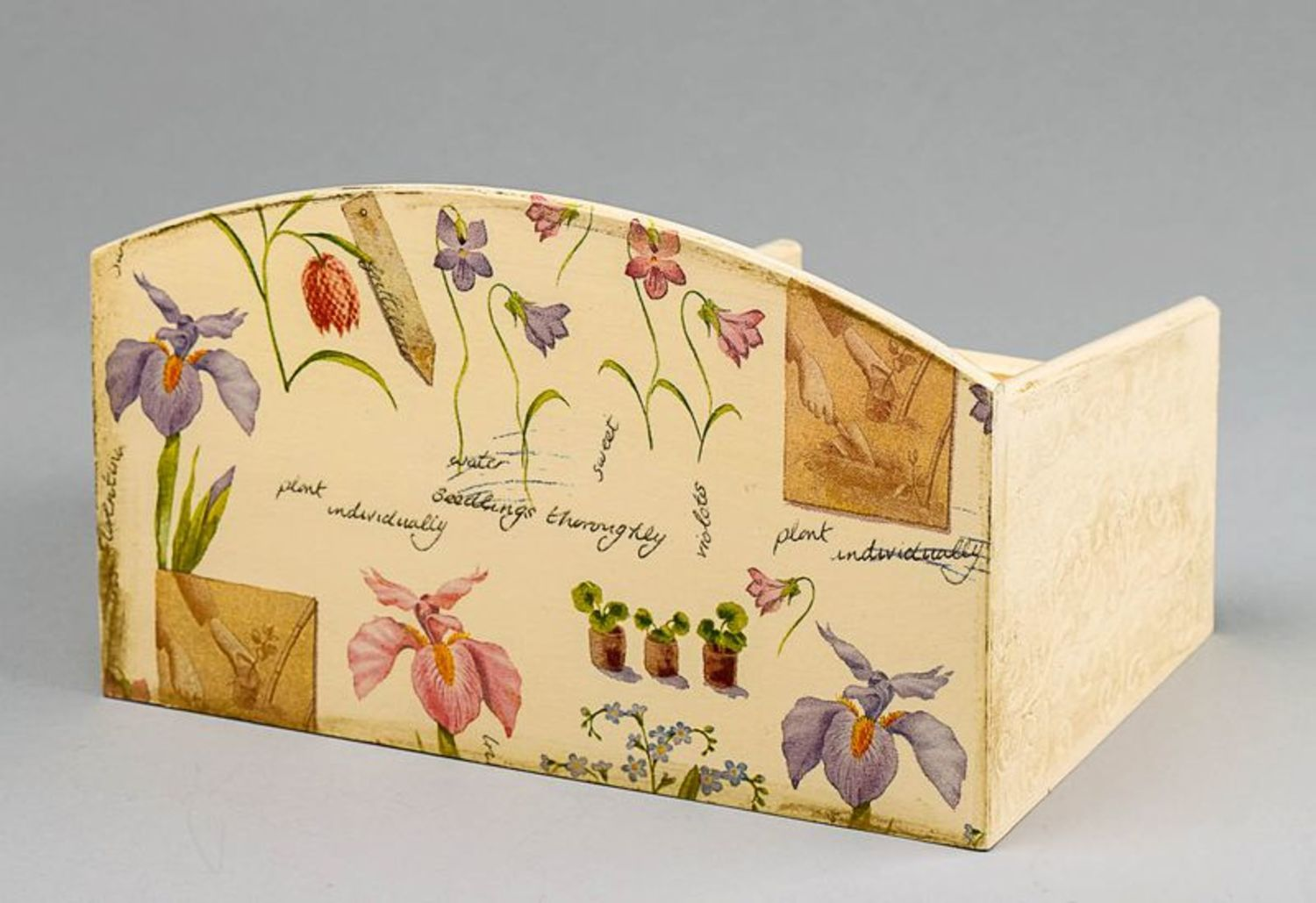 Wooden jewelry box with splotchy effect photo 3