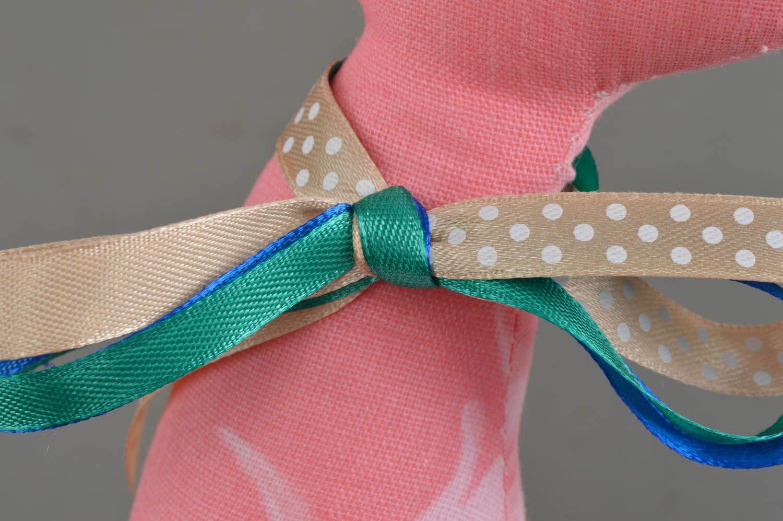 Madeheart > handmade kuscheltier katze rosa wohnzimmer deko stoff ...
