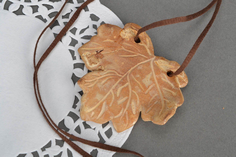 Homemade neck pendant Maple Leaf photo 1