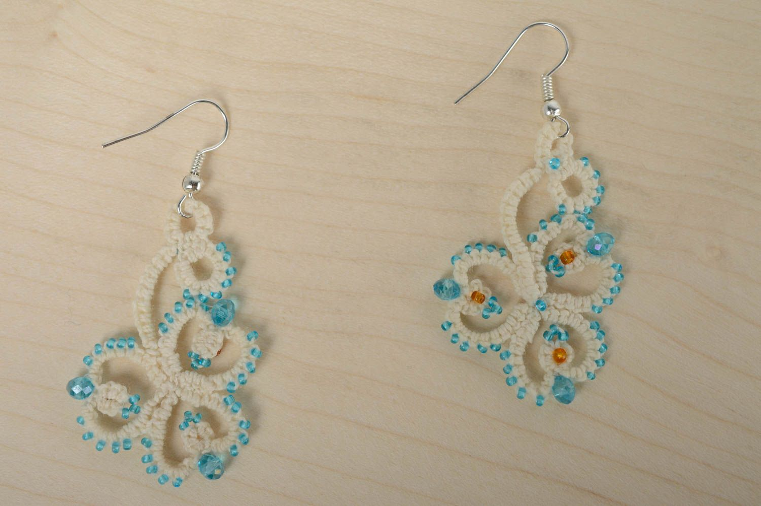 Festive woven earrings photo 2