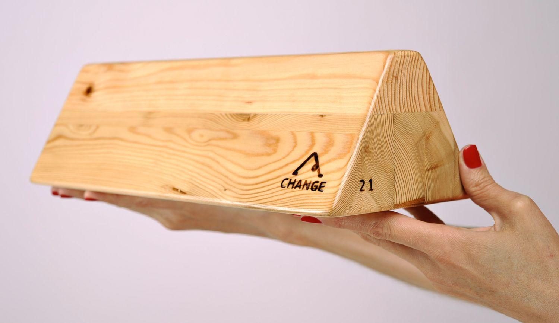 Special triangular yoga block photo 2