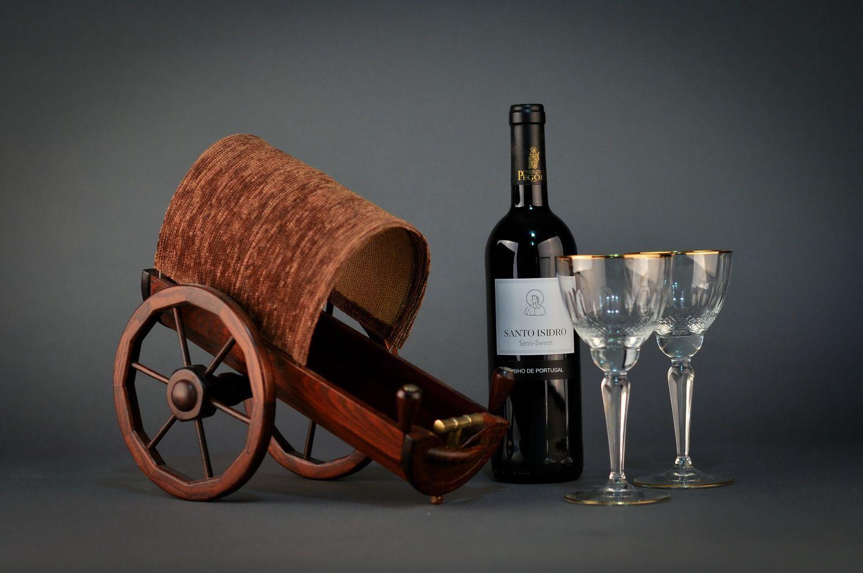 Wooden wine bottle stand made using segmentation technique photo 2