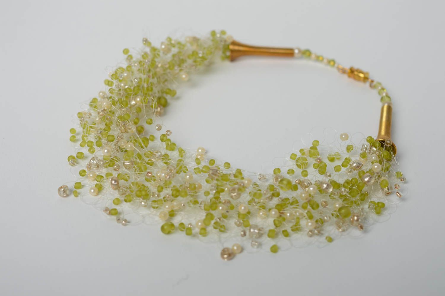 Airy necklace with Czech beads photo 1