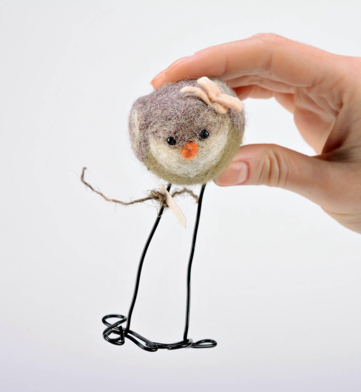 Woolen toy A bird with a flower photo 2