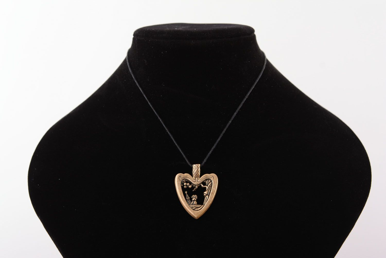 Bronze pendant Japanese Heart photo 5