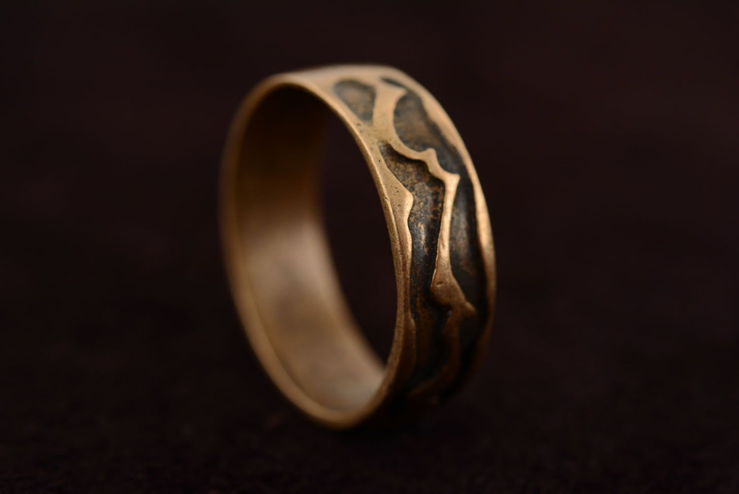 Plain bronze ring photo 5