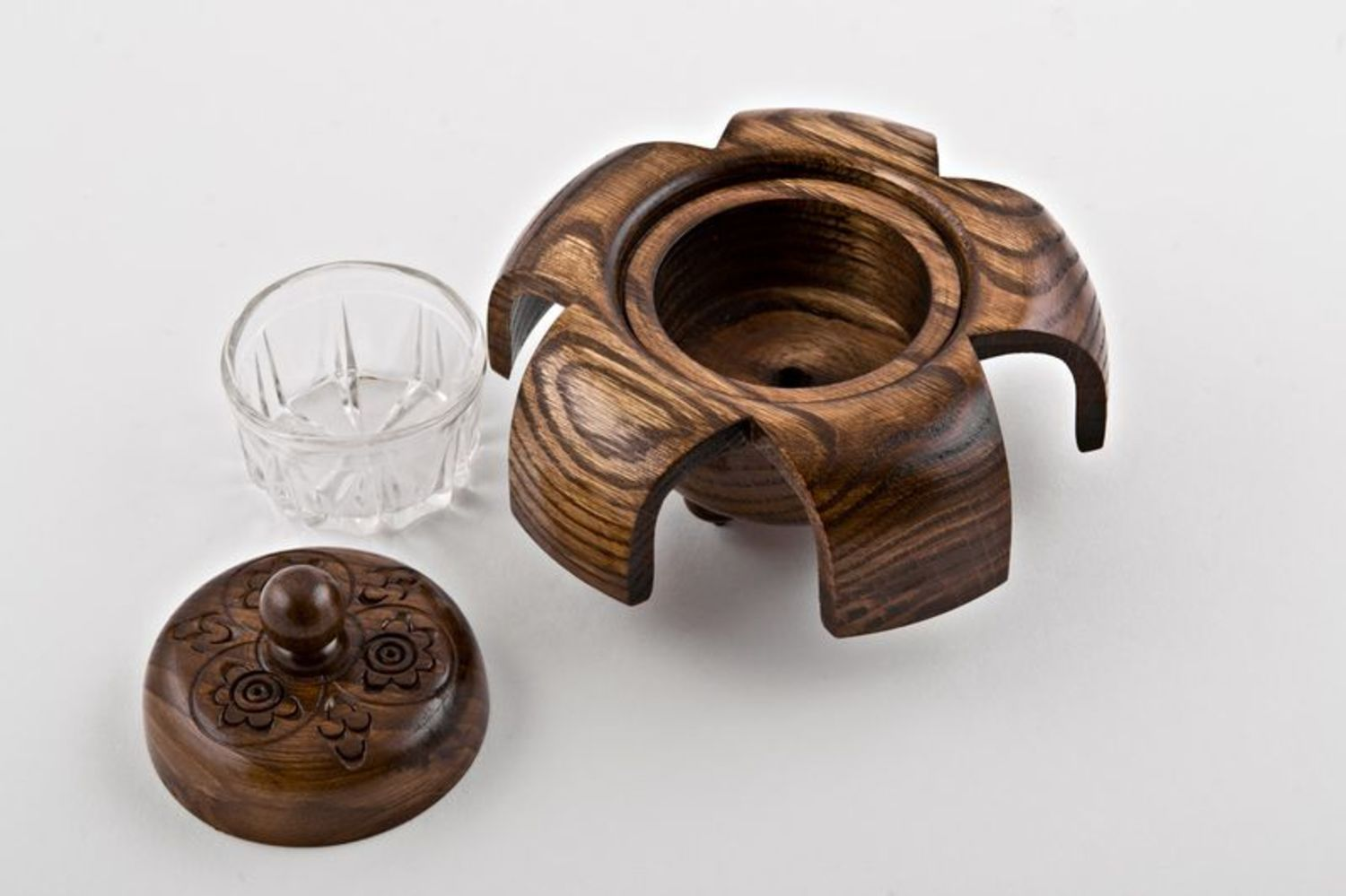 smoking accessories Wooden ash-tray - MADEheart.com