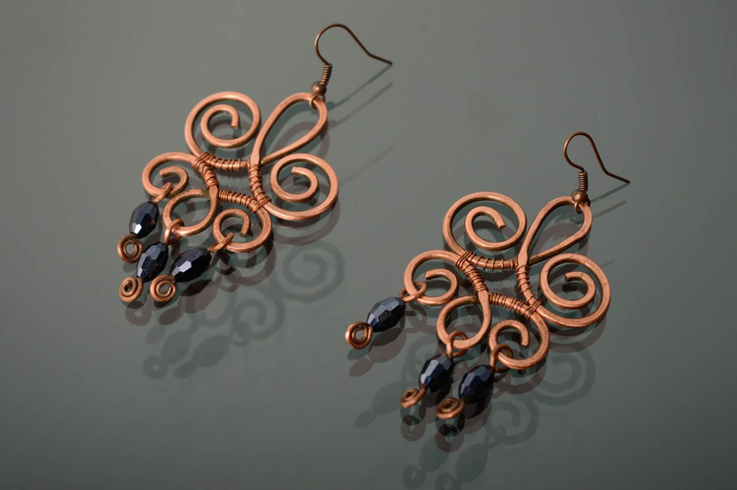 Massive copper earrings made using wire wrap technique photo 2