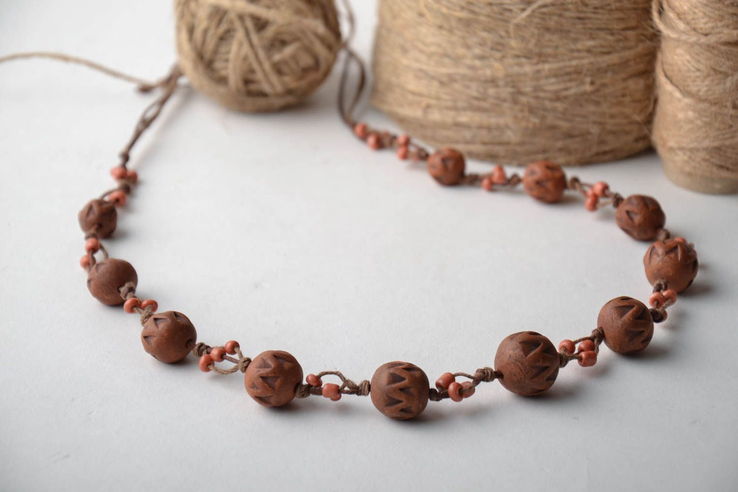 Brown ceramic bead necklace photo 1