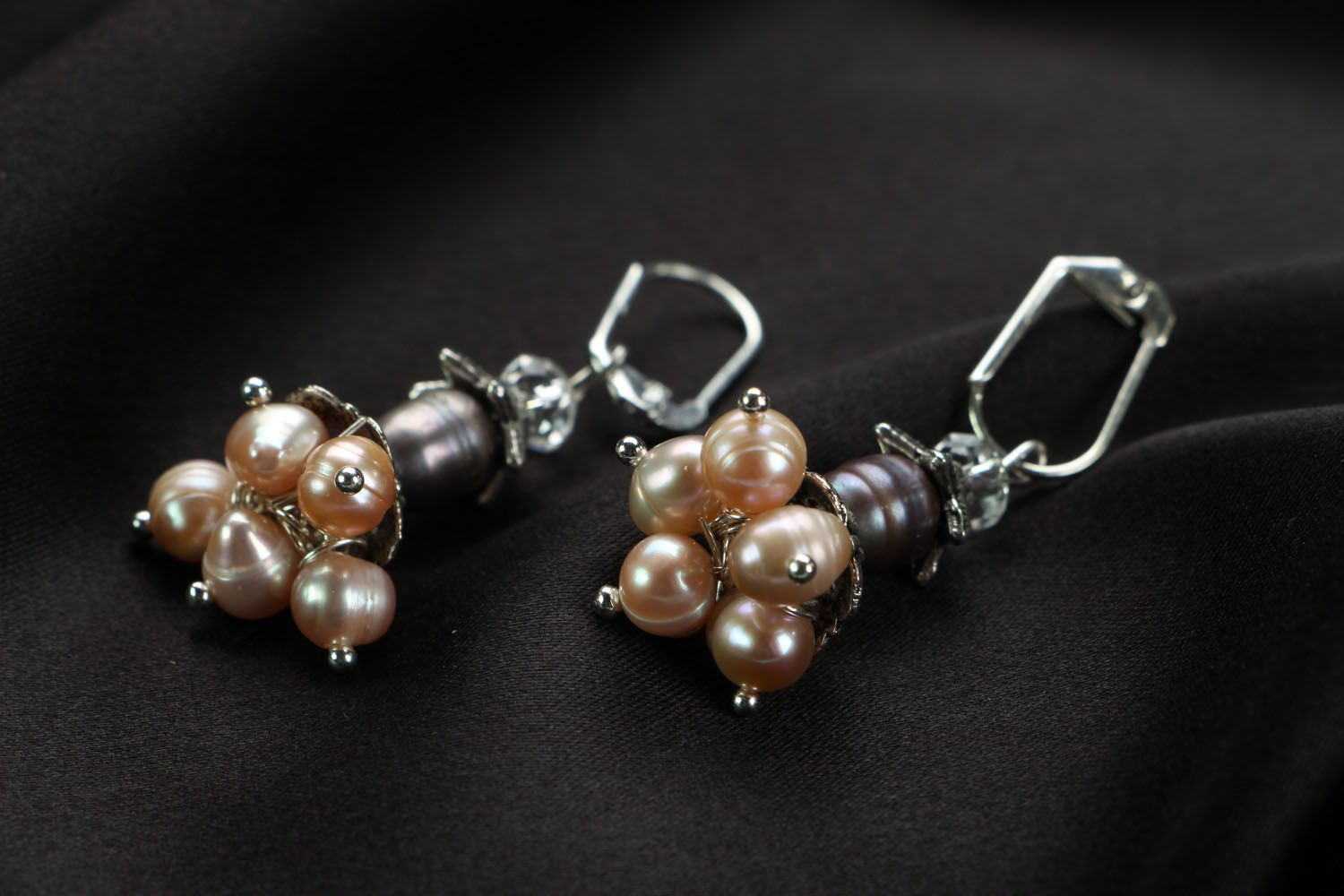Earrings with pink river pearls photo 2