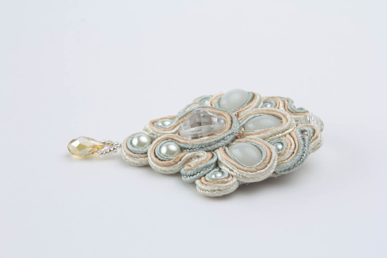 Brooch made of soutache ribbon photo 3