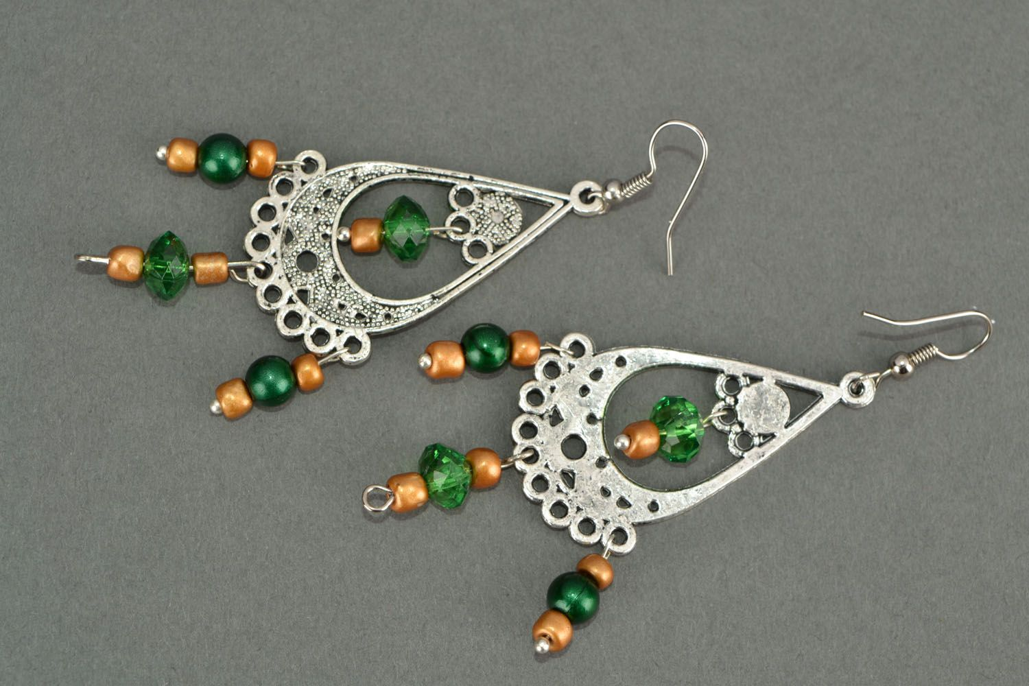 Long earrings in Eastern style photo 5