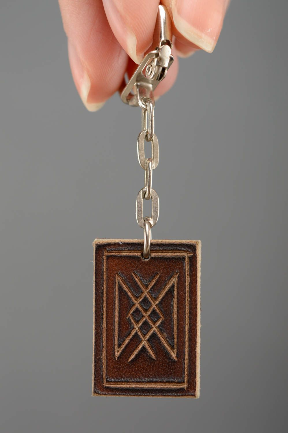 Leather keychain with runes for longevity photo 3