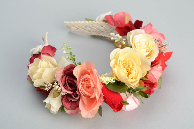 Венок на голову ручной работы с цветами Розы фото 3