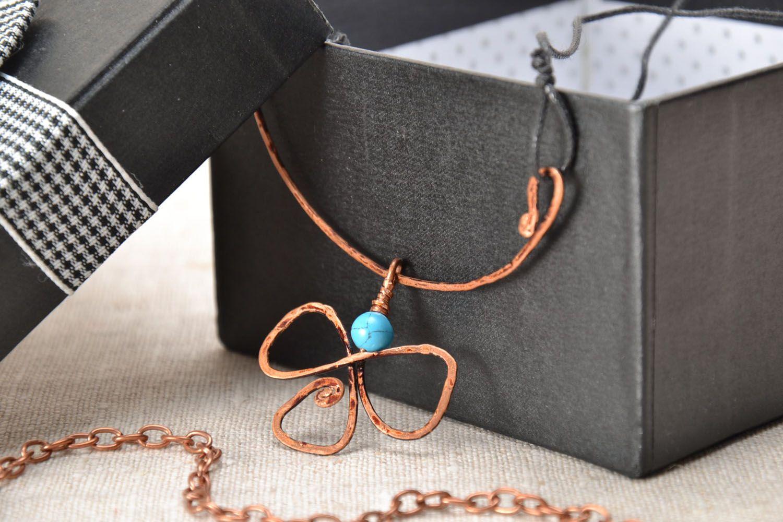 Pendentif en cuivre wire wrapping avec turquoise  photo 1