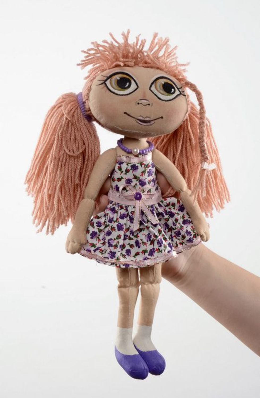 Fragranced doll in lilac dress photo 3