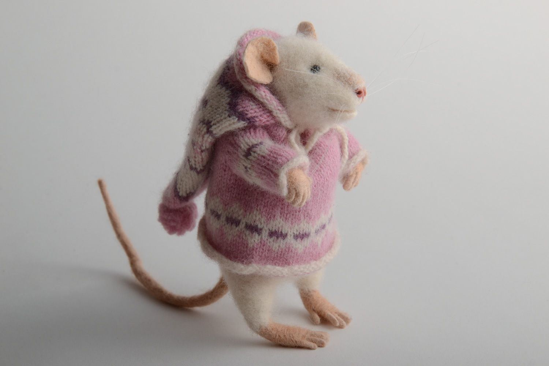 картинки с мышонком в пальто втором случае необходимо