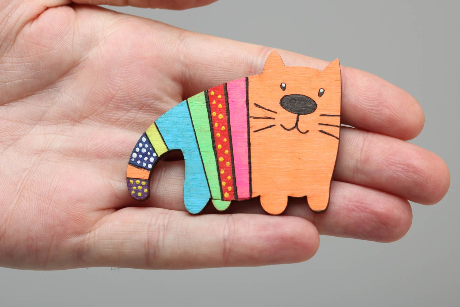 Plywood painted acrylic brooch in the form of bright cat handmade accessory photo 5