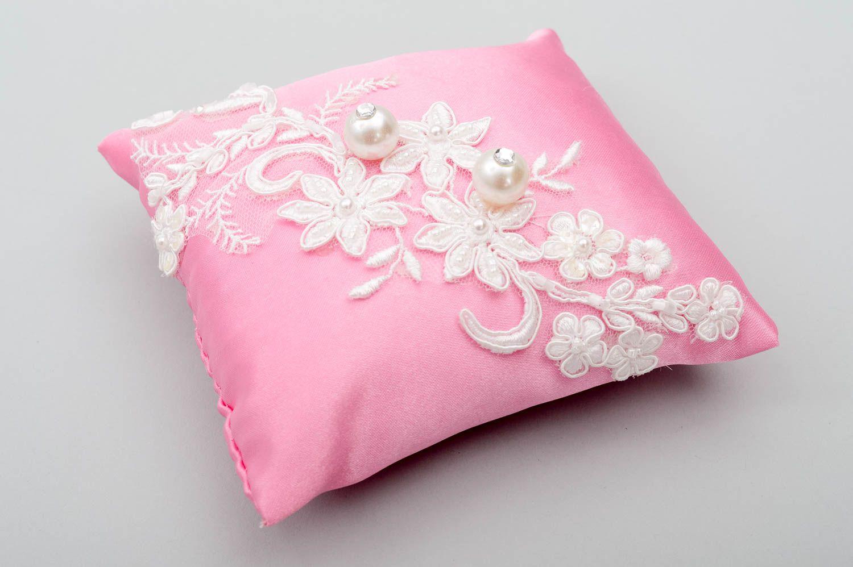 MADEHEART > Handmade pillow designer wedding pillow handmade pillow ...