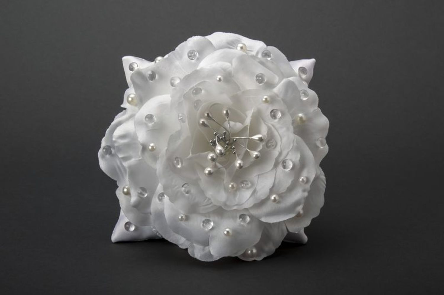 wedding accessories Pillow for rings - MADEheart.com