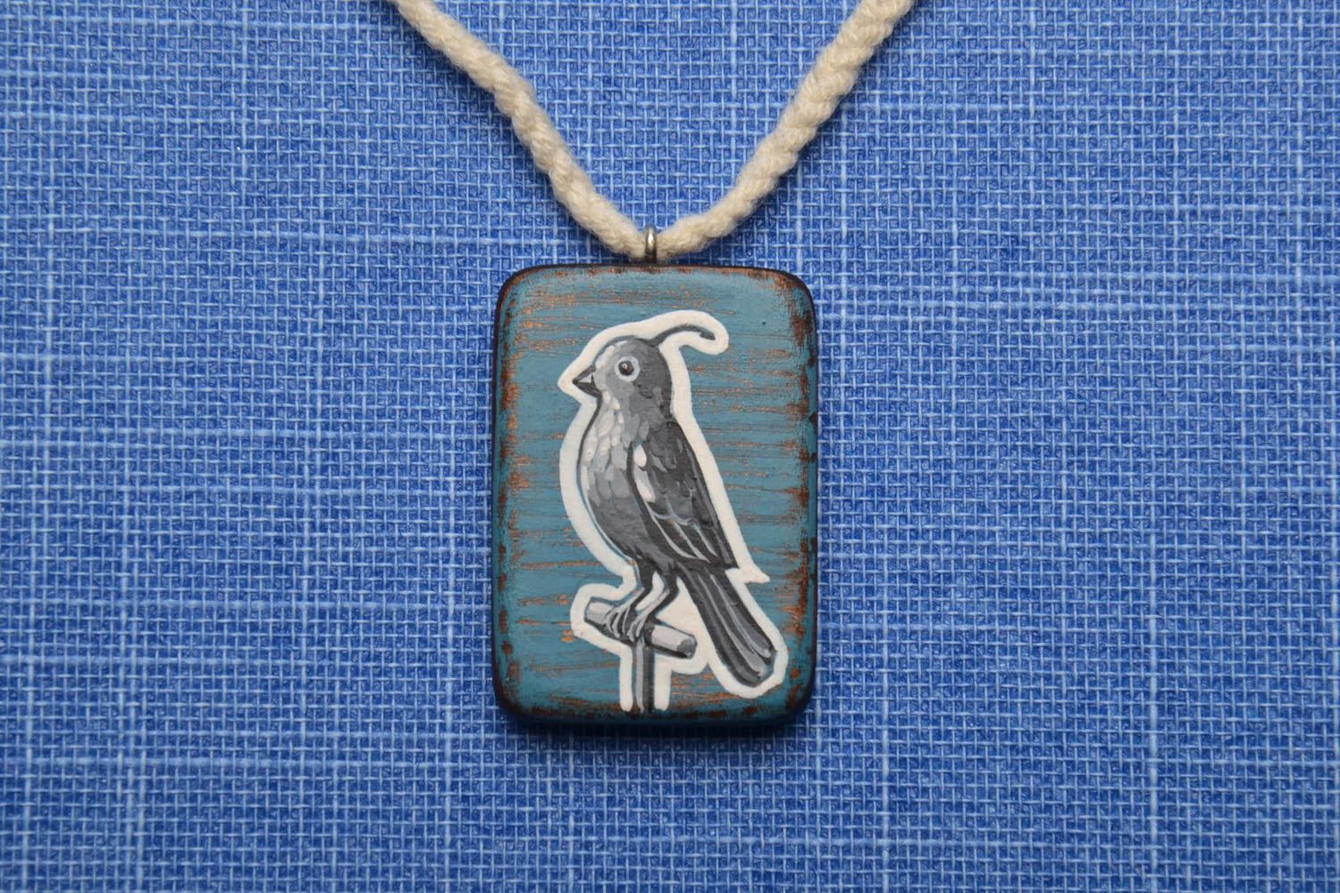 Wooden pendant Bird photo 1