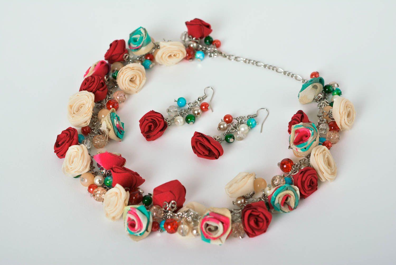 sets de joyas Aretes hechos a mano collar artesanal bisutería fina para mujeres estilosas , MADEheart