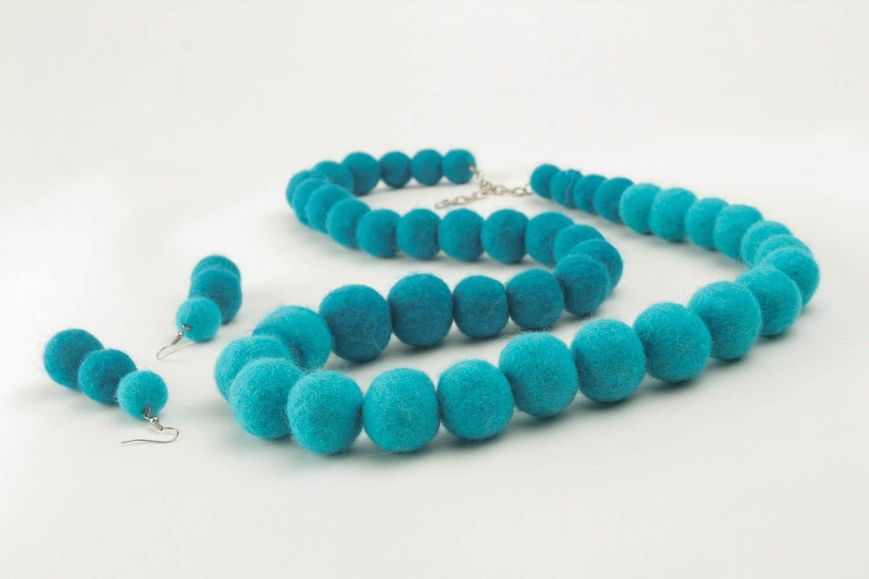 Woolen jewelry set photo 1