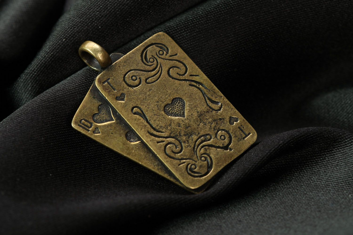 Bronze neck pendant Playing Cards photo 1