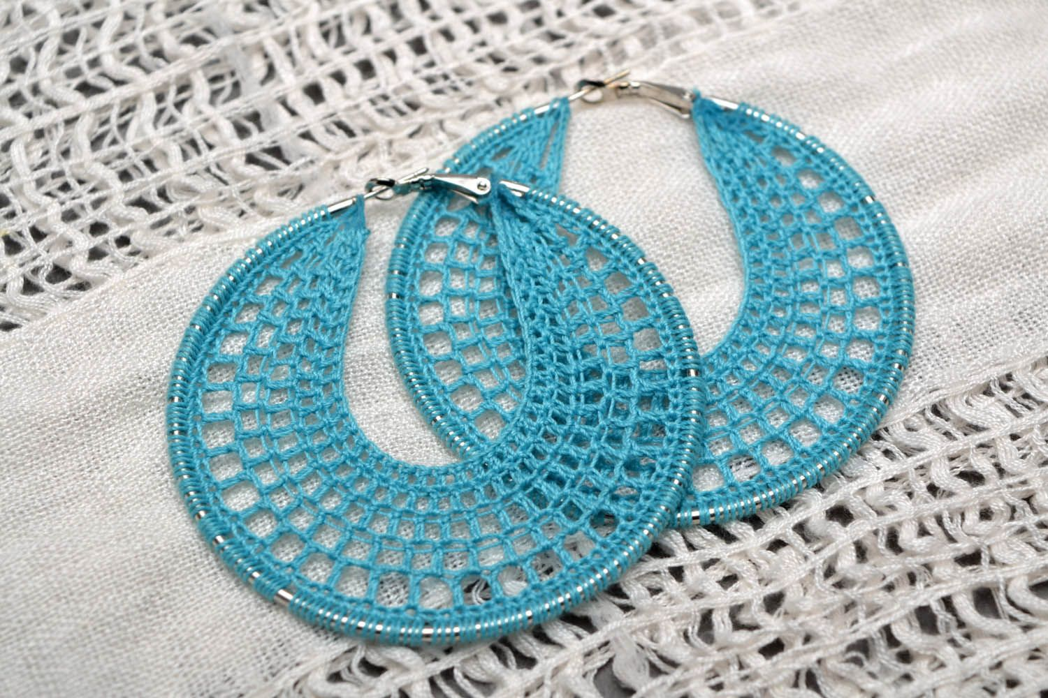 Round crocheted earrings Turquoise photo 1