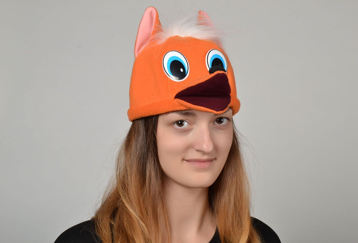 attire Carnival hat in the shape of a fox head - MADEheart.com