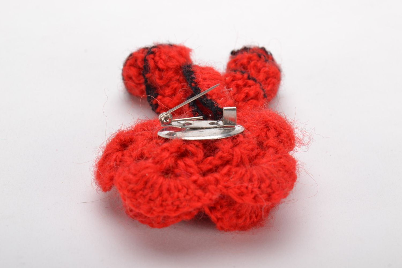 Homemade crochet brooch photo 4